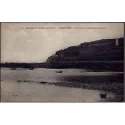 22 - Environs de Paimpol - L' Arcouëst - Le port et la pointe de l' Arcouëst...