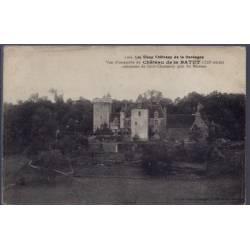 24 - Commune de Saint-Chamassy près du Buisson - Les vieux châteaux de la D...