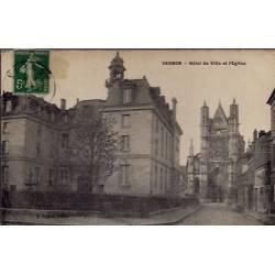 27 - Vernon - Hôtel de Ville et l' église - Voyagé - Dos divisé...