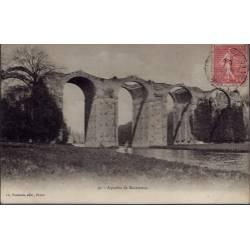 28 - Aqueduc de Maintenon - Voyagé - Dos divisé...