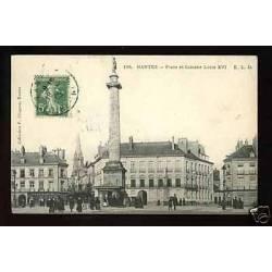 44 - Nantes - Place et colonne Louis XVI