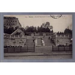35 - Rennes - Escalier Monumental et nouveau jardin du Thabor - Voyagé - Do...