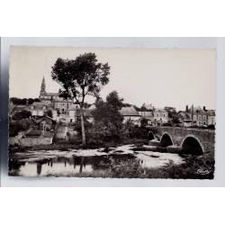 41 - Candé-sur-Beuvron - Le pont sur le Beuvron et l' église - Voyagé - Dos...