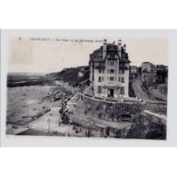 50 - Granville - La plage et le Normandy Hôtel - Voyagé - Dos divisé