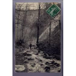52 - Orquevaux - Cul du Cerf. Fond du précipice - Voyagé - Dos divisé