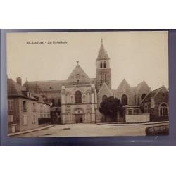 53 - Laval - La Cathédrale - Non voyagé - Dos divisé