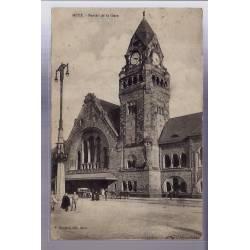 57 - Metz - Portail de la Gare - Voyagé - Dos divisé