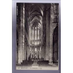 60 - Beauvais - La Cathédrale - Voyagé - Dos divisé