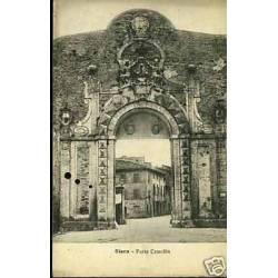 Italie - Siena - Porta Camollia