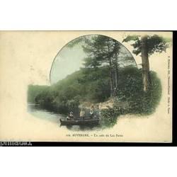 63 - Auvergne - Un coin du lac pavin