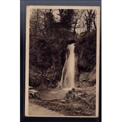 82 - Caylus - La cascade - Voyagé - Dos divisé