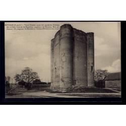 91 - Houdan - Vieux Donjon ayant fait partie du château de anciens Comtes d