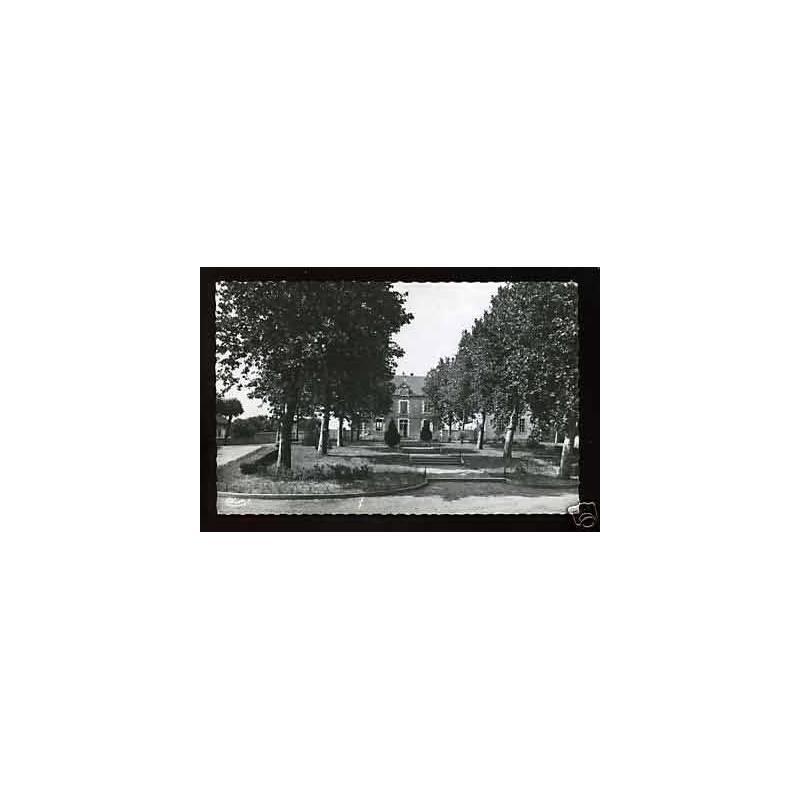 03 - Bessay - La Mairie - CPSM